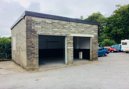 M3421 : SMALL LIGHT INDUSTRIAL WORKSHOP PREMISES