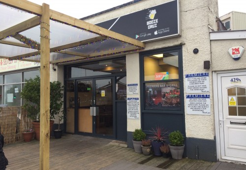 R1584 : Impressive takeaway premises and Bar