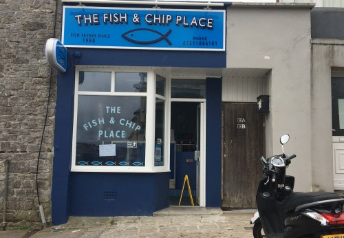 R518 : NEWLY REFURBISHED FISH N' CHIP SHOP